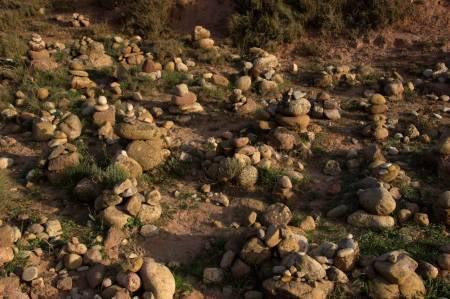 Steinpyramiden bei Ventosa